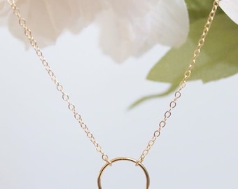 Halo Circle Necklace || Gold Filled Necklace || Delicate Jewelry