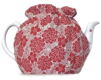 Teapot Cozy, quilted tea warmer with Red flowers on White for a 5-8 cup teapot #507