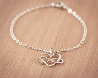 Infinity Love Bracelet,  Eternity Circle, Infinity Link,  Sterling Silver - Dainty Bracelet