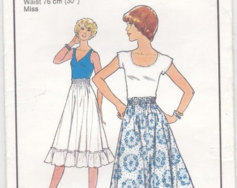 ON SALE 1970's Sewing Pattern - Style No 1928  Skirt, Size 16, Cut and complete