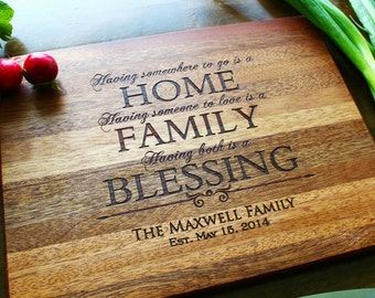 Personalized Cutting Board, Engraved Cutting Board, Wood Cutting Board, Housewarming Gift, Christmas Gifts, Gift For Mom, Gift For Her