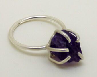 crocus, spring, gentle, purple, crystal, amethyste, ring, solitaire