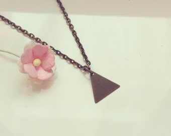 Short chain triangle, vintage, summer, graphically, bronze