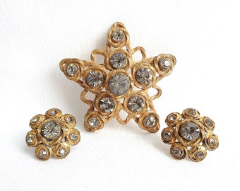 Large Baroque Style Black Diamond Rhinestone Star Brooch and Matching Clip Back Earrings - Estate Jewelry