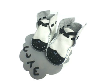 Little Capone Oxford Baby Shoes & Moccs