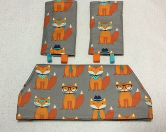 Drool bib and strap covers for front facing baby wearing for Beco, Boba, Ergo, Lillebaby foxes on gray cotton fabric