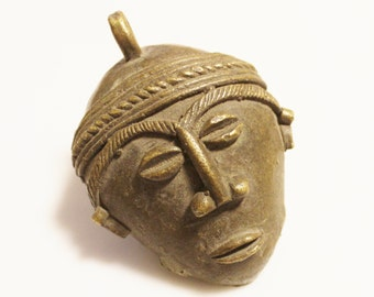 Large Rustic African Mask, Lost Wax Ethnic Brass Pendant, Jewelry Supplies (X57)