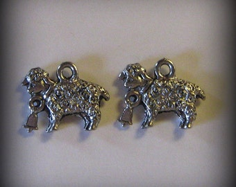 4 Silver Pewter Charms of Sheep with Bells (qb6)