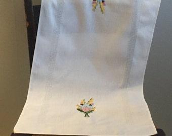 Vintage German Crewel Embroidered White Table Runner