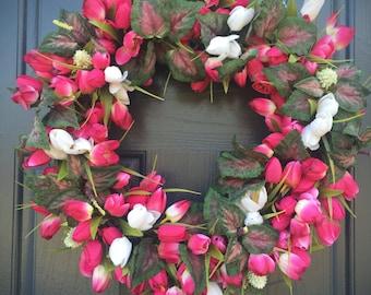 Couronne de tulipe, printemps tulipe couronnes, tendances printemps, couronnes de roses, décor rose et blanc, tulipe porte couronnes, printemps Designs, couronne de tulipe rose