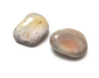 Tumbled Botswana Agate Stones. Undrilled Gemstone. Altar Stone. Matrix Stone. Reiki Stone. Wire Wrapping Stone. 28mm-35mm. One (1)