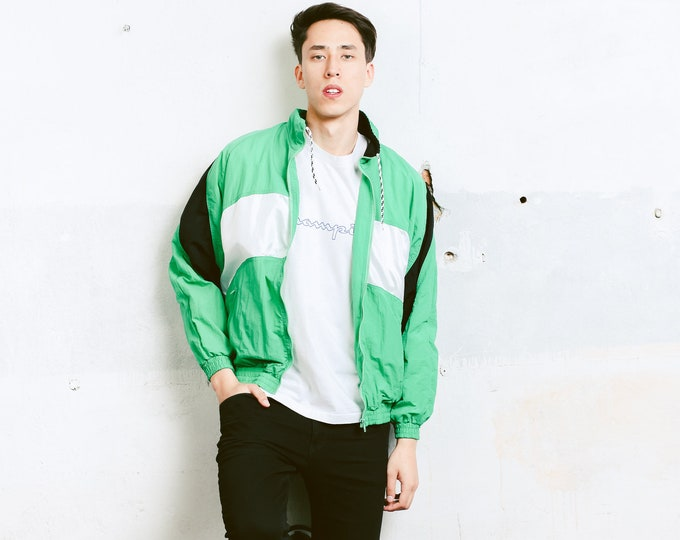90s Shell Jacket . Vintage Windbreaker Men's Green Sports Jacket Zip Up Bomber Jacket Outerwear 1990s Activewear . size Large L