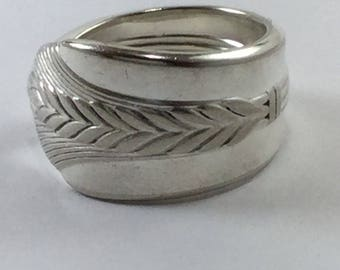 1939 Allure silver spoon ring