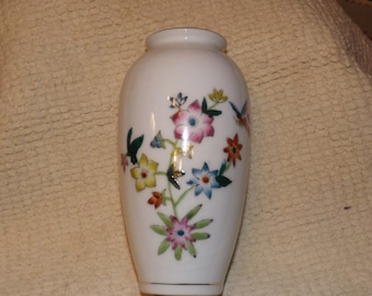 porcelin  hand painted vase