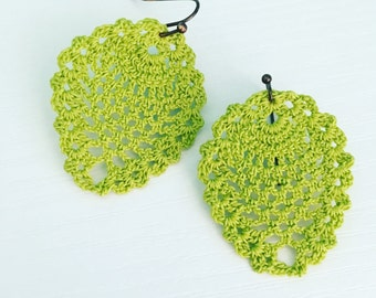 Sheridan Crochet Earrings in Apple Green, Lace Doily Earrings, Bridesmaid Gift, Summer Fashion, Gift Under 30, Gift for Her, Graduation Gift