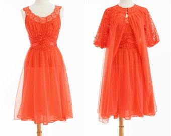 Vintage 1950s Peignoir Set // Vanity Fair Lace Full Skirt Nightgown Puff Sleeve Robe Two Piece Small Medium