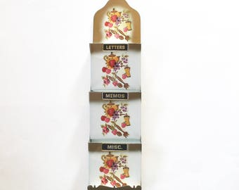 Vintage 1950's Metal Wall Mounted Letter Holder/Organizer! Super Cute!