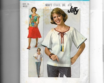 Simplicity  Misses' Skirt and Pullover Top Pattern 7964