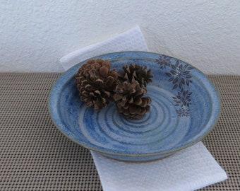 """Pie Plate 9"""" - Handmade Stoneware Ceramic Pottery - Sky Blue - Floral"""