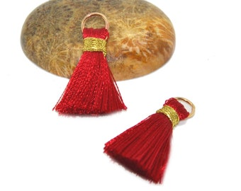 4 mini tassel 25mm with ring red rayon