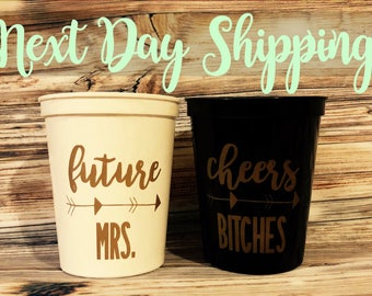 Bachelorette Party Cups / Bachelorette party / bridesmaid proposal / hen party / bridesmaid gift / gift for bride / bachelorette party favor