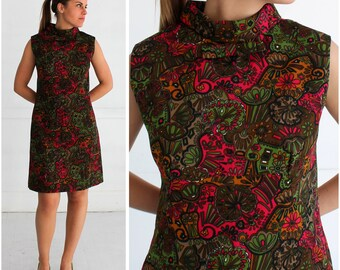Vintage 1960's Mod High Collar Sleeveless Pink and Green Paisley Patterned Shift Dress | Medium