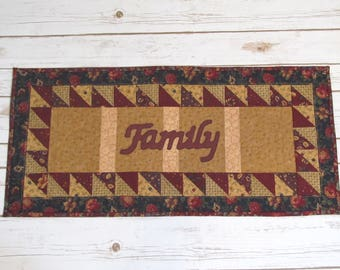 Farmhouse Quilted Table Topper - Primitive Quilt - Mothers day Gift - Quilted Table Runner -Family Quilt - Table Centerpiece