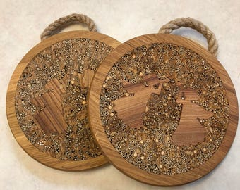 Two angles oak coaster