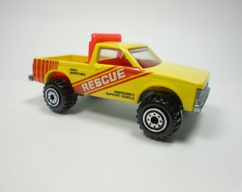 Vintage Hot Wheels - SURF PATROL - Yellow Rescue Truck - Construction Hub Wheels - 1991 - Malaysia - Diecast Toy Car Off Road Vehicle