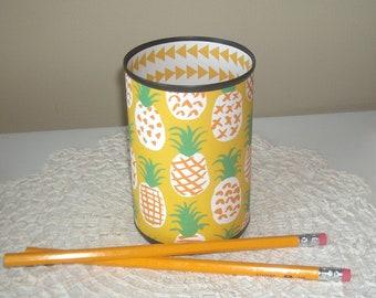 Funky Pineapple Desk Accessories, Pineapple Pencil Holder, Desk Organizer, Pineapple Office Decor, Gift for Coworker, Dorm Decor - 1145