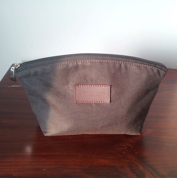 Mens Curved Toiletry Bag in Oilskin (waxed canvas)