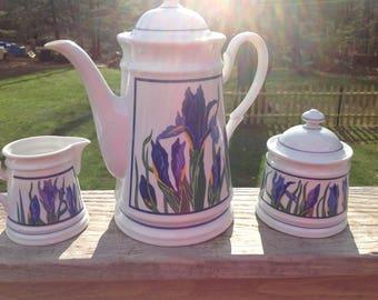 Vintage 5 Piece Curzon Coffee/Tea Pot , Sugar & Creamer Dutch Iris Pattern