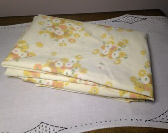 Vintage Twin Sheet Flat YELLOW FLORAL 1970s