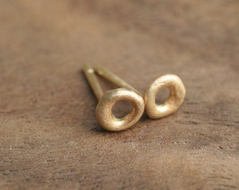 14k Y Gold Circle Stud Earrings