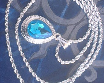 Pendant and chain: infinitely blue and silver