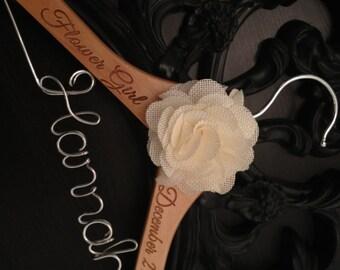Flower Girl Hanger / Childrens Hanger / Wedding Hanger / Bridal Hanger / Kids Hanger / Personalized Hanger / Baby Hanger / Flower Girl Gift