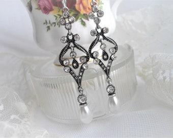 Titanic Victorian Lady Mary Victorian Long Dangle Earring Inspired Rhinestones Pearl Silver Toned Stainless Steel French Ear Wires