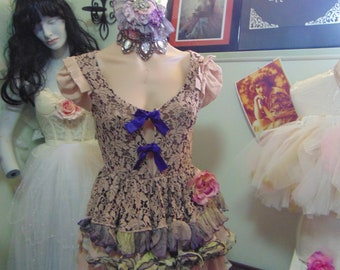 French Shabby Chic Marie Antionette Ruffled Top sz 10 Vaudeville Circus Sideshow Gothic Attic Finds Parisienne