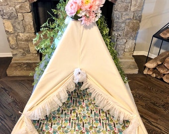 TEEPEE TOPPER! Floral topper, teepee, tent, garland