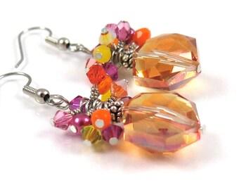 GRANDES DÉMARQUES - lumineux Orange Magenta Jaune fil Crystal Cluster déclaration boucles d'oreilles