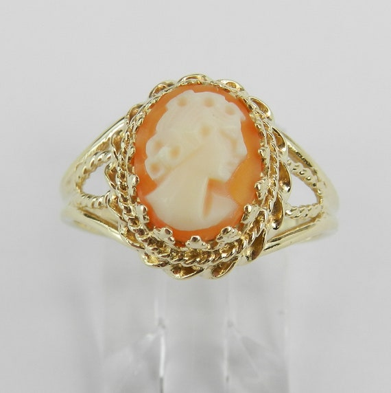 Antique Vintage Estate Yellow Gold Cameo Solitaire Cocktail Ring Size 7