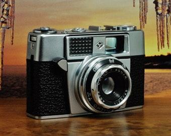 Vintage AGFA OPTIMA 1a 35mm Viewfinder Film Camera, Agfa Color-Agnar 45mm f/2.8 Fixed lens, Circa: 1962, Fabulous!