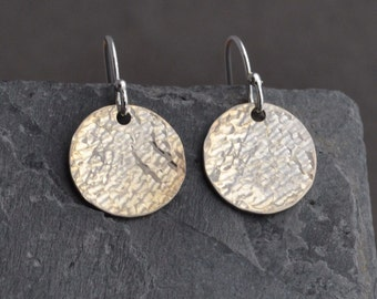 Disc Earrings, Hammered, Simple, Small, free shipping
