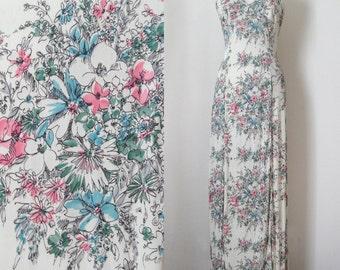 70s Cream Floral Print Halter Maxi Sundress with Plunging Neckline Hippie Boho size S/M