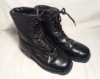Vintage 1980's Bulgarian Army Black Leather Boots