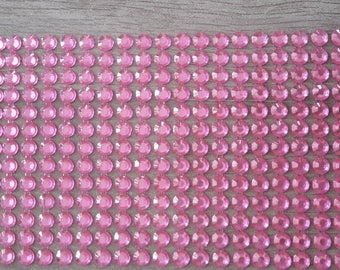 Rhinestone color pink