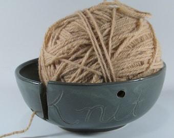 Ceramic Yarn bowl, Knitting Bowl, Yarn Holder, Yarn storage bowl, Handmade Yarn Bowl, Stoneware Yarn Bowl, Yarn Keeper,Ready to Ship, YB1