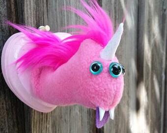 Three-eyed Magical Pink Uniworm Head Mount
