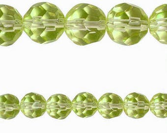 10 x round 10mm Green PERIDOT faceted glass beads