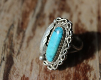Vintage Sterling and Turquoise Ring Leaf Design Oval Big